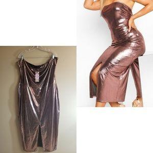 🆕️ Boohoo Rose Gold Metallic Midaxi Dress